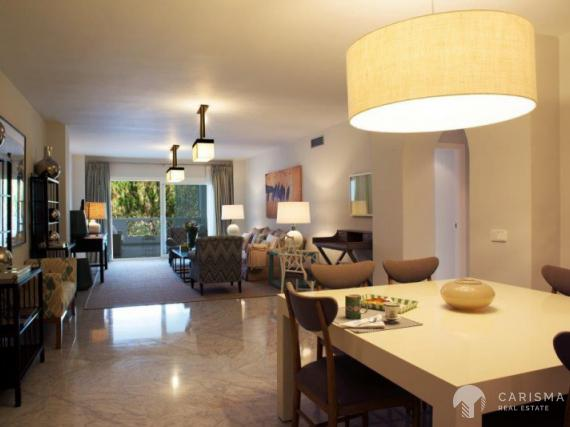 Luxury apartment for sale in Puerto Banus (3)