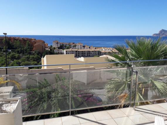Apartament with sea view for sale in Altea 1