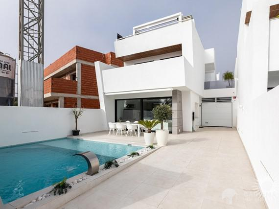 New and modern villas for sale in Santiago de la Ribera 1