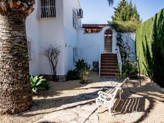 A cozy Mediterranean villa in a peaceful residencial area of Calpe (33)