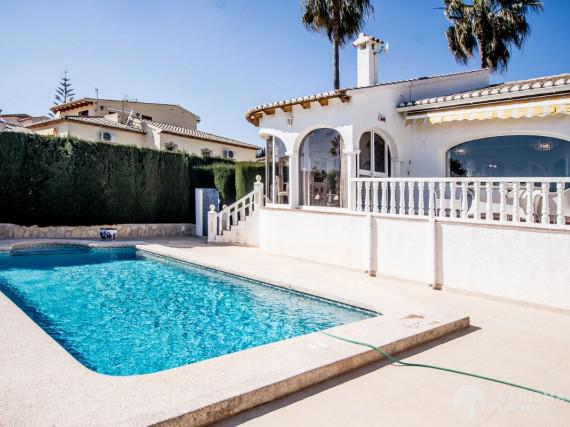 A cozy Mediterranean villa in a peaceful residencial area of Calpe (3)
