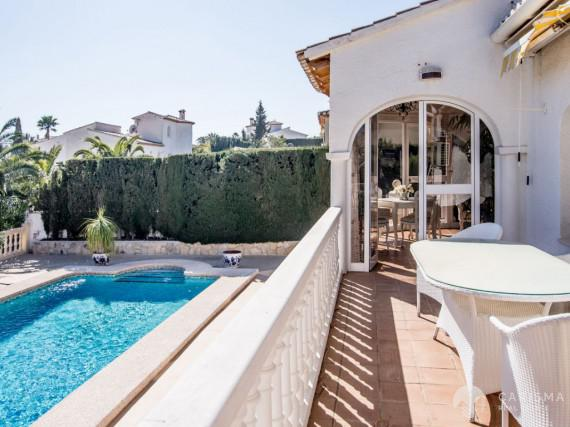 A cozy Mediterranean villa in a peaceful residencial area of Calpe (5)